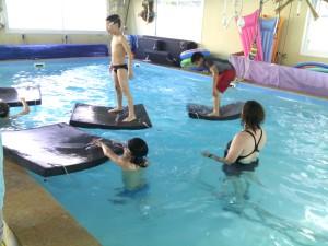 פעילות בחוג שחיה