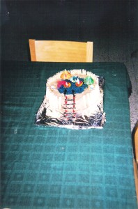 עוגת יום הולדת בריכה